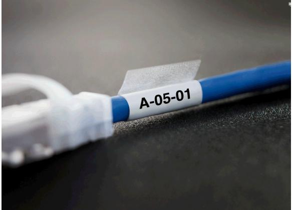 Dymo XTL vinil autolaminant 38mm x 39mm, albe, 150 etichete/banda-big